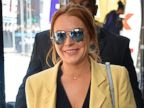 PHOTO: Lindsay Lohan Steps Out Wearing a Giant Ring