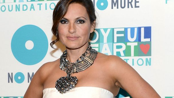 PHOTO: Mariska Hargitay attends the 2013 Joyful Heart Foundation gala