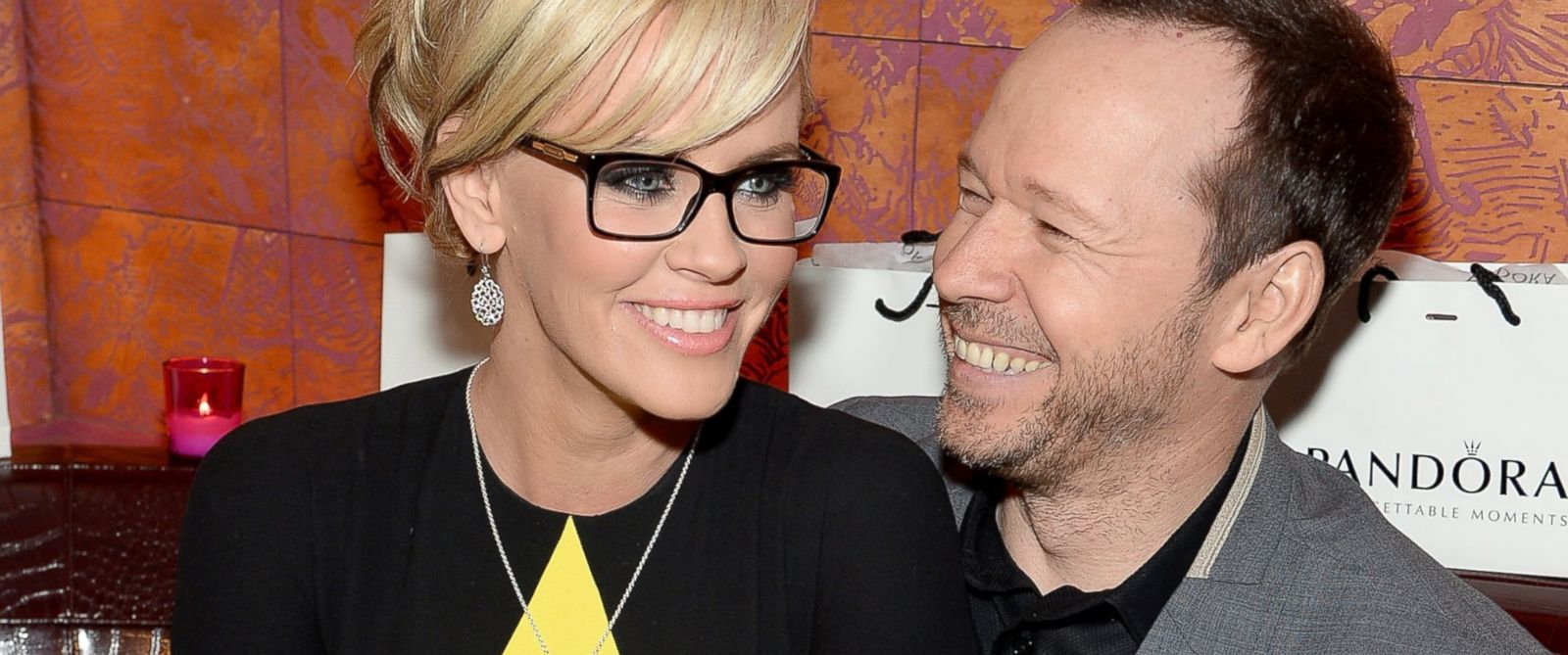 PHOTO: Jenny McCarty and Donnie Wahlberg attend PANDORA Jewelry presents a Pre-Mothers Day dinner with Jenny McCarty and friends, April 30, 2014, in New York City.