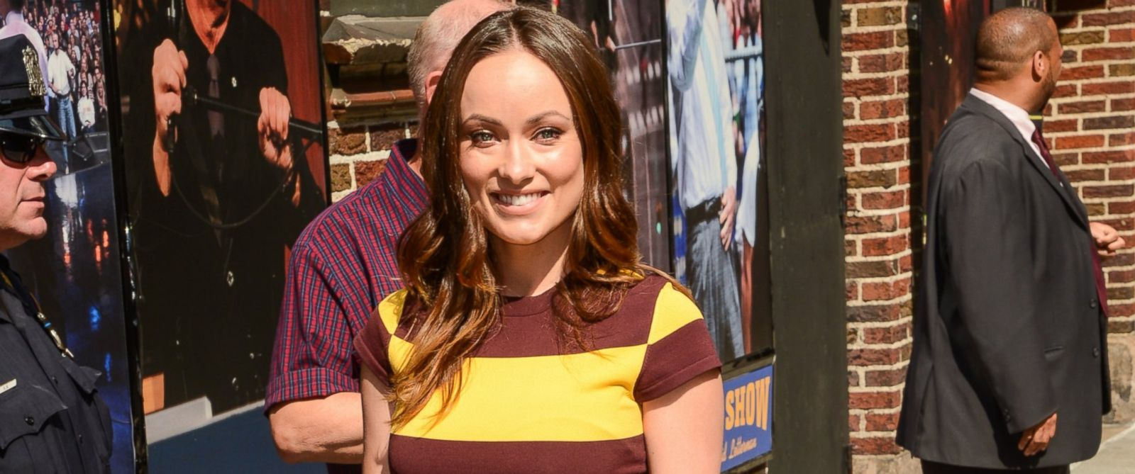 "PHOTO: Olivia Wilde enters the ""Late Show With David Letterman"" taping at the Ed Sullivan Theater on June 17, 2014 in New York City."