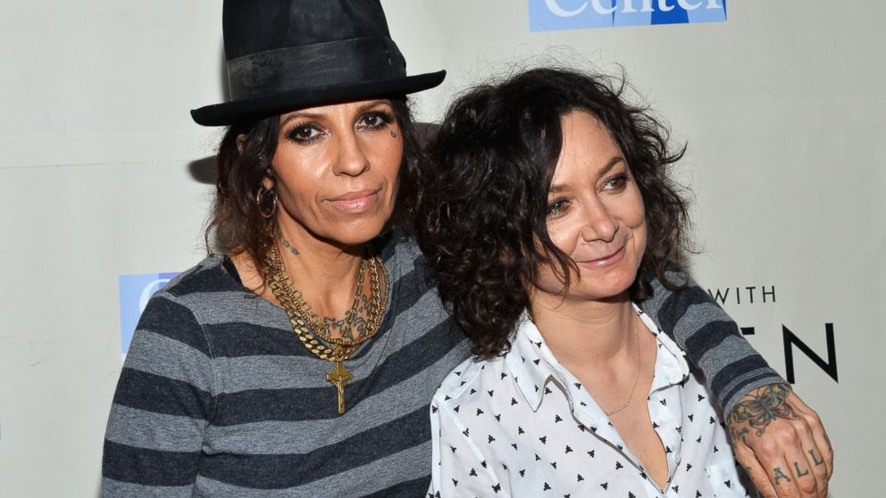 Sara Gilbert and linda perry pictures