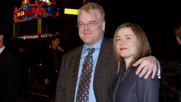 "PHOTO: Philip Seymour Hoffman and Mimi ODonnell attend ""Along Came Polly"" Los Angeles Premiere at Manns Chinese Theater in Hollywood, Calif."