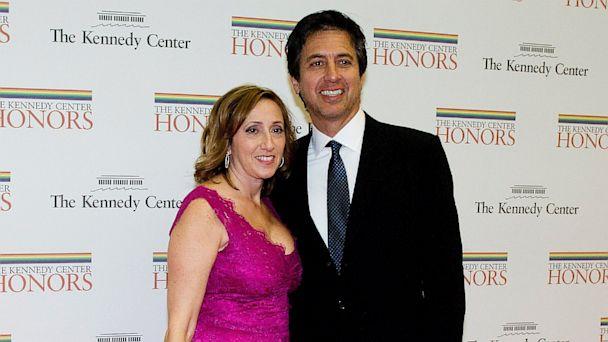 PHOTO: Ray Romano and his wife, Anna
