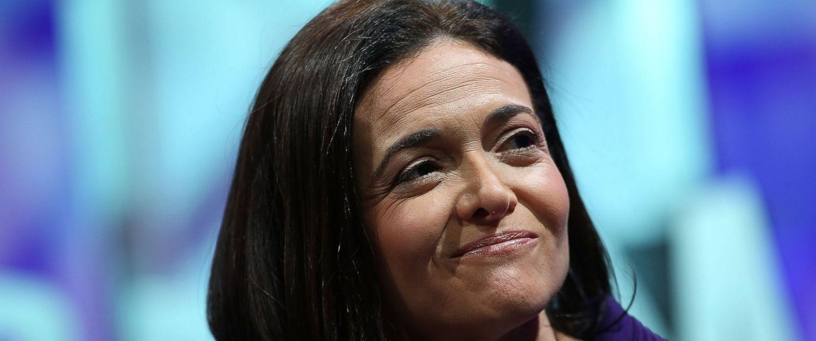 PHOTO: Facebook COO Sheryl Sandberg speaks during the Fortune Global Forum on Nov. 3, 2015 in San Francisco, California.