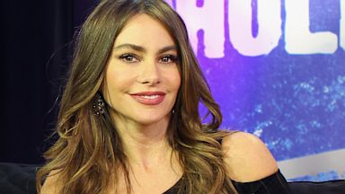 PHOTO: Actress Sofia Vergara visits the Young Hollywood Studio