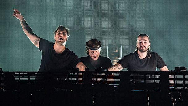 PHOTO: Swedish House Mafia perform in Paris