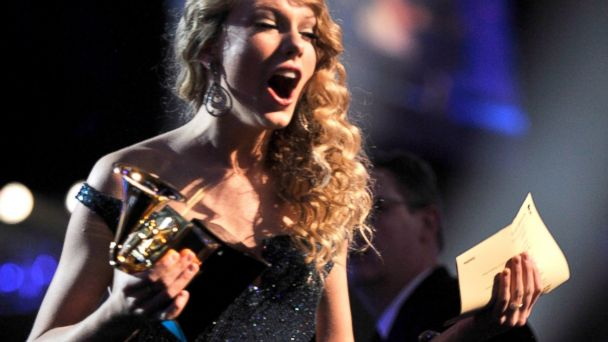 PHOTO: Taylor Swift accepts award onstage at the 52nd Annual GRAMMY Awards held at Staples Center in Los Angeles, Jan. 31, 2010.