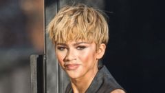 Zendaya Shows Off a Blonde Pixie Cut