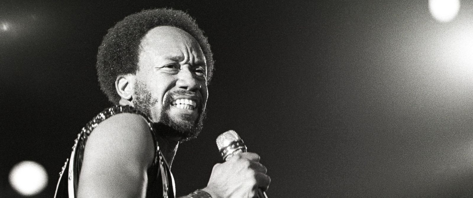Maurice White performing on stage with Earth, Wind, Fire on March 14, 1979 in the Netherlands.
