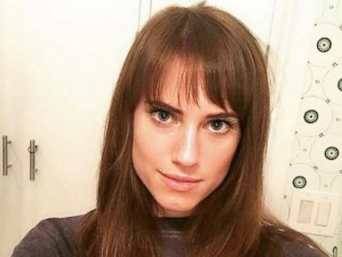 PHOTO: Allison Williams Debuts a Banging New Look