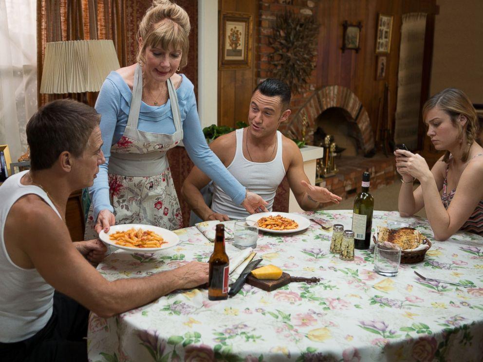 PHOTO: Tony Danza, Glenne Headly, Joseph Gordon-Levitt and Brie Larson star in Don Jon.