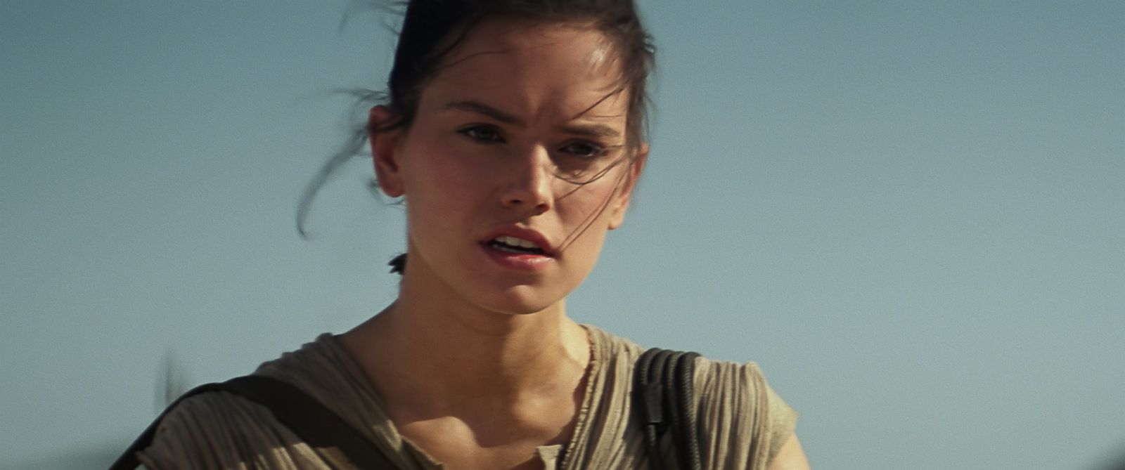 """PHOTO:Daisy Ridley as Rey in """"Star Wars: The Force Awakens."""""""