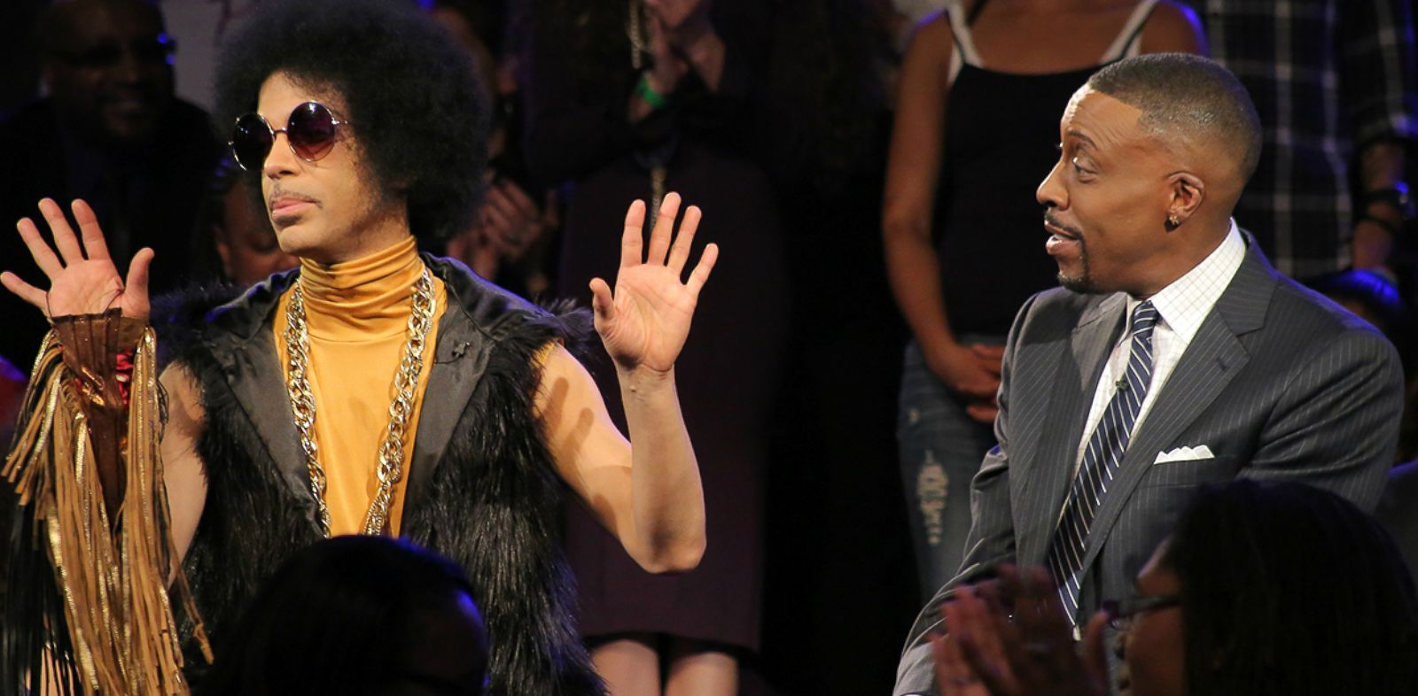 "PHOTO: Prince on ""The Arsenio Hall Show,"" March 5, 2014."