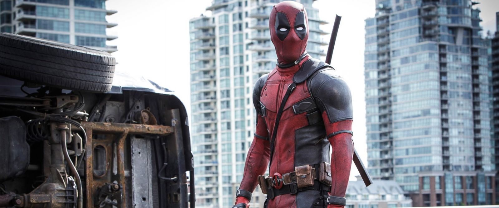 PHOTO:Ryan Reynolds appears as the title character in a scene from Deadpool.