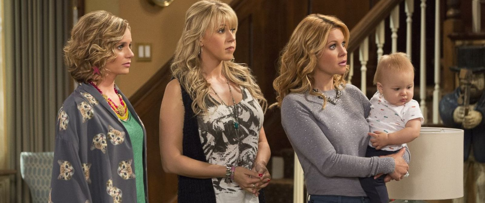 """PHOTO:Andrea Barber, Jodie Sweetin, and Candace Cameron Bure appear in a scene from Netflixs """"Fuller House."""""""