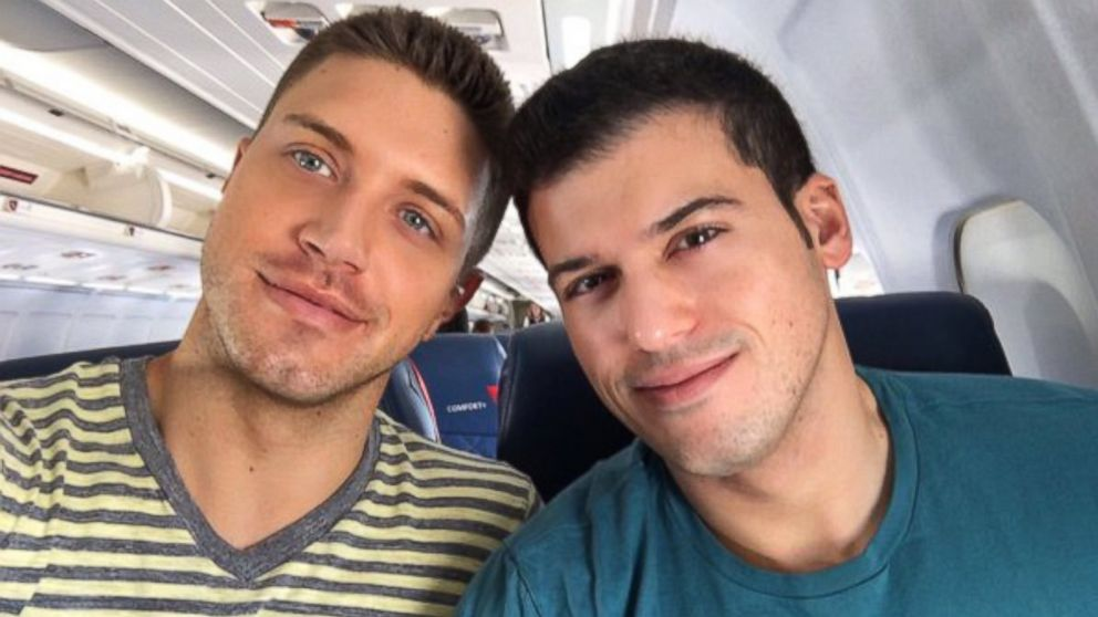 abc news correspondent gio benitez marries tommy didario