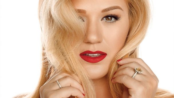 """PHOTO: Kelly Clarkson, """"Wrapped In Red"""""""