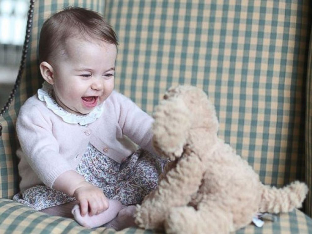 PHOTO: Kensington Palace released new photos of Princess Charlotte, which were taken in early November by the Duchess of Cambridge.