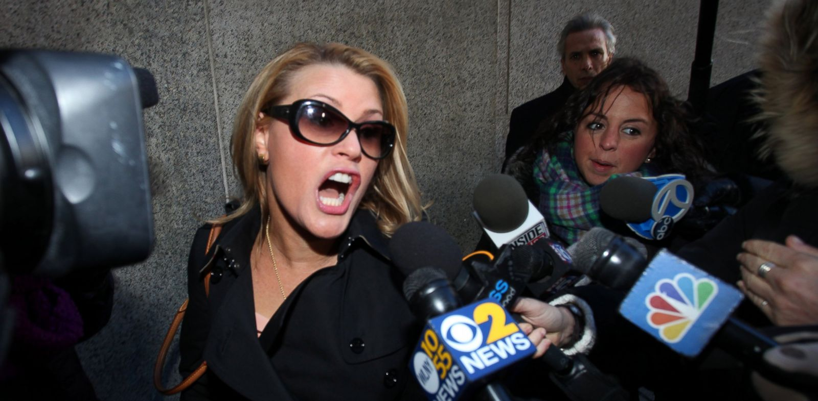 PHOTO: Genevieve Sabourin arrives at the Manhattan Criminal Court, Nov. 13, 2013, in New York.