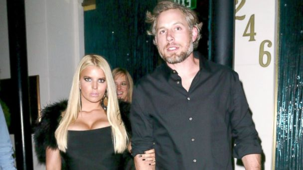 PHOTO: Jessica Simpson and Eric Johnson, at Mastros Steakhouse in Los Angeles, Oct. 31, 2013.