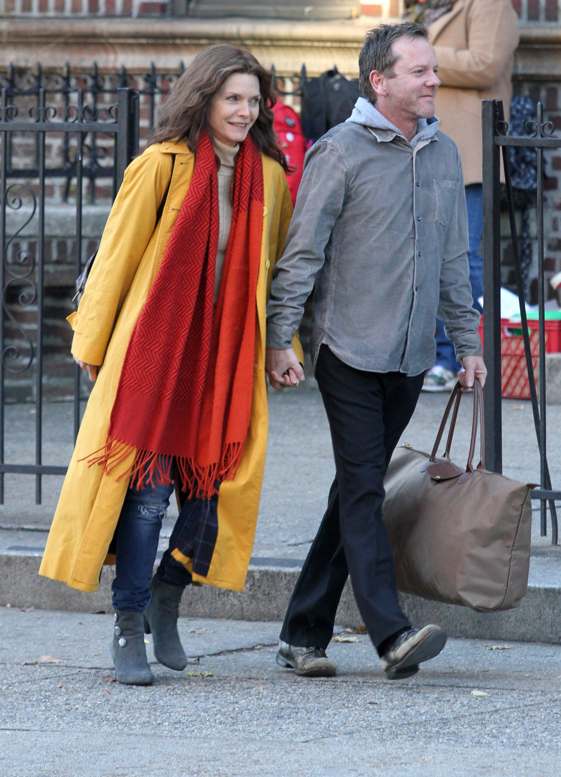 Michelle Pfeiffer and Kiefer Sutherland Hold Hands on Set