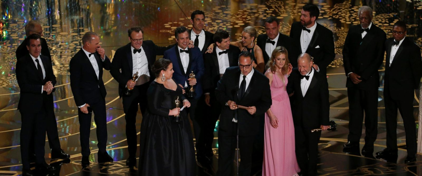 """PHOTO:Producer Michael Sugar accepts the Oscar for Best Picture for his film """"Spotlight"""" with his fellow producers and cast at the 88th Academy Awards in Hollywood, Calif., Feb. 28, 2016."""