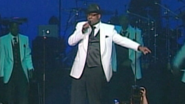 VIDEO: Bobby Brown to Wed Longtime Fiance in Hawaii