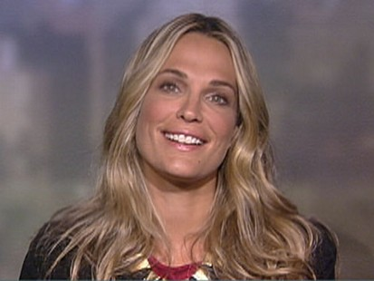 VIDEO: Molly Sims on the Gen Art New Garde Fashion Show