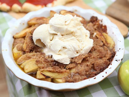 PHOTO: Emeril Lagasses apple betty is shown here.
