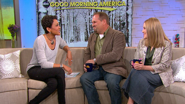 PHOTO: Bob Gray and Liza Foster were guests on Good Morning America, Dec. 13, 2011.