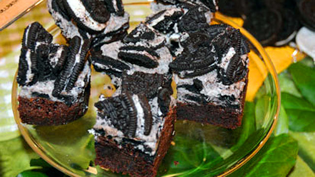 PHOTO: Cookies and Cream Brownies