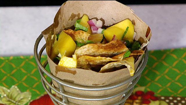 PHOTO: Daphne Oz St. Louis nachos