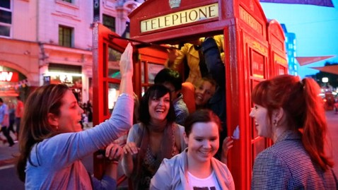 abc foudy tourists kb 120803 wblog God Save the Phone Box