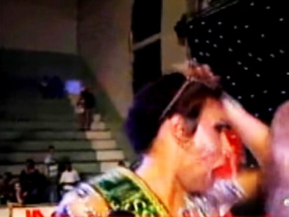 Video: Pageant winner has wig snatched off by sore loser.