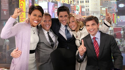 abc gma anchors nt 120419 wblog Good Morning America Breaks Todays Winning Streak, Becomes No. 1 Morning News Show