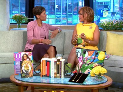 VIDEO: Gayle King unveils Oprahs favorite things from O magazine.