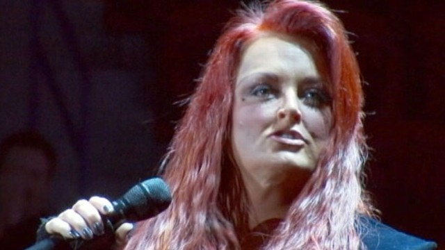 vIDEO: Wynonna Judd Postpones Concerts After Husbands Motorcycle Accident