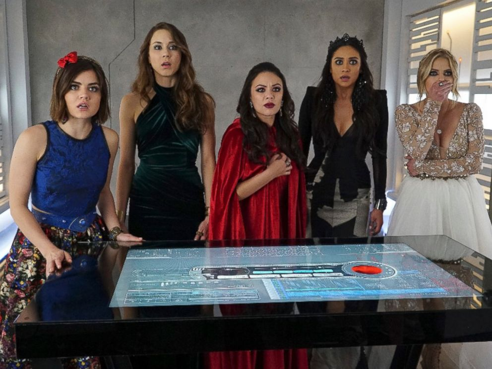 PHOTO: Lucy Hale, Troian Bellisario, Janel Parrish, Shay Mitchell and Ashley Benson in a scene from Pretty Little Liars.