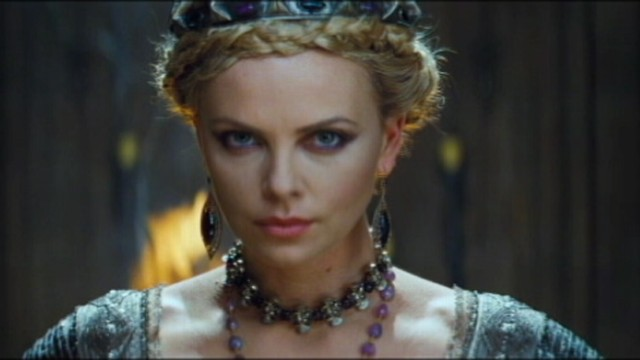VIDEO: Snow White and the Huntsman trailer.