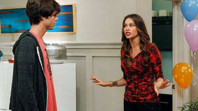 PHOTO: Sofia Vergara as Gloria Delgado-Pritchett is seen in a scene from season 4 of 'Modern Family.'