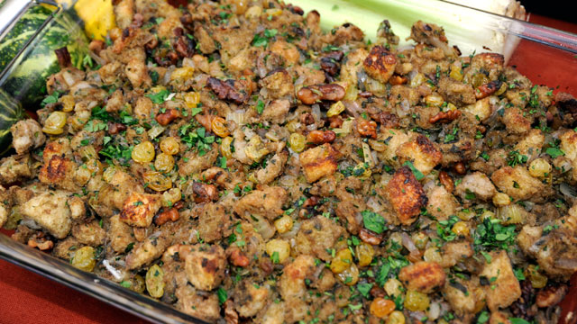 PHOTO: Sandra Lee's golden raising and walnut stuffing is shown here.