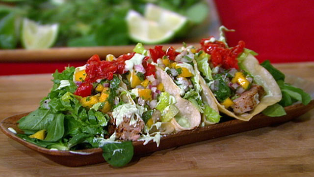 PHOTO: Seared Blackened Ahi Tuna Soft Shell Tacos