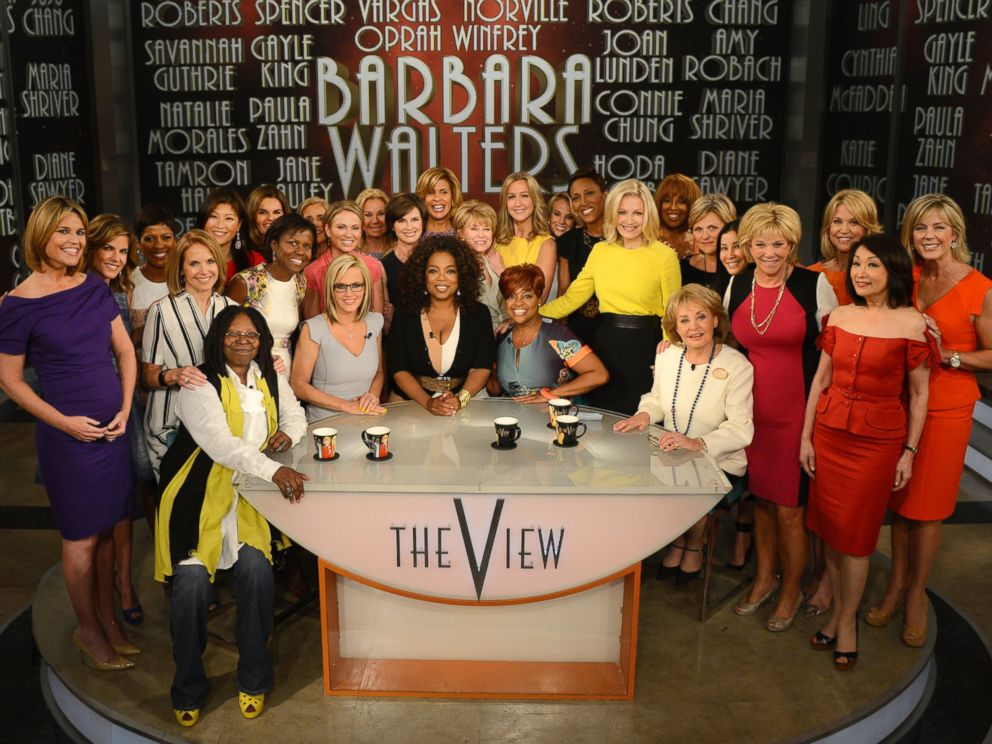 PHOTO: A surprise appearance from Oprah Winfrey as she does a landmark roll call of introducing 25 female journalists who were influenced by Barbara Walters on the May 16, 2014 episode of The View.