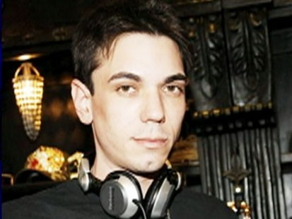 Video: Celebrity DJ, Adam Goldstein found dead in his NYC apartment.