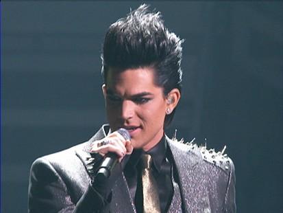 VIDEO: Adam Lamberts AMA performance receives audience complaints.