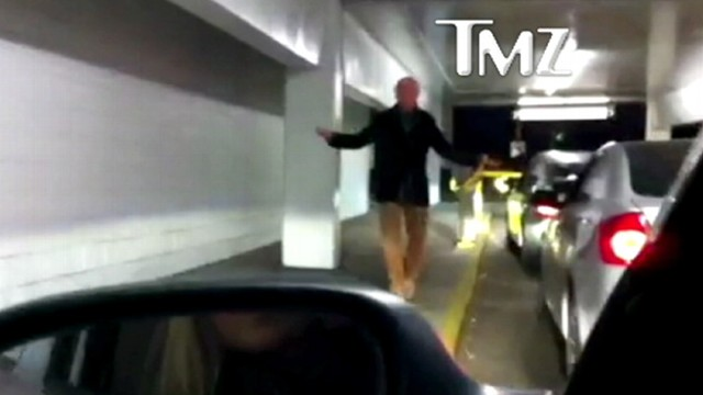 """VIDEO: """"Curb Your Enthusiasm"""" creator cant figure out how to get the gate open."""