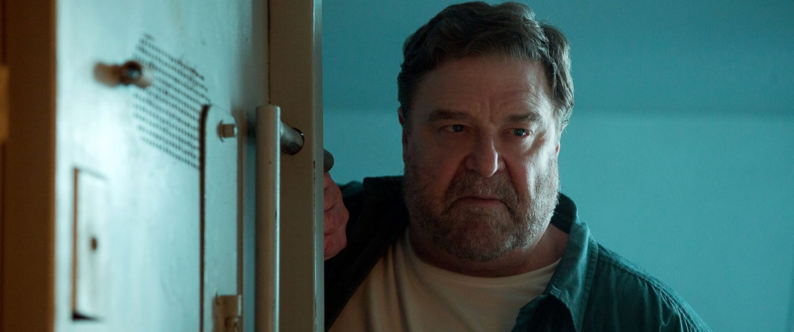 """PHOTO: This image released by Paramount Pictures shows John Goodman in a scene from """"10 Cloverfield Lane."""""""