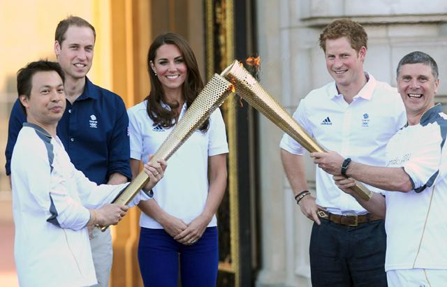 Kate Middleton Greets Olympic Torch