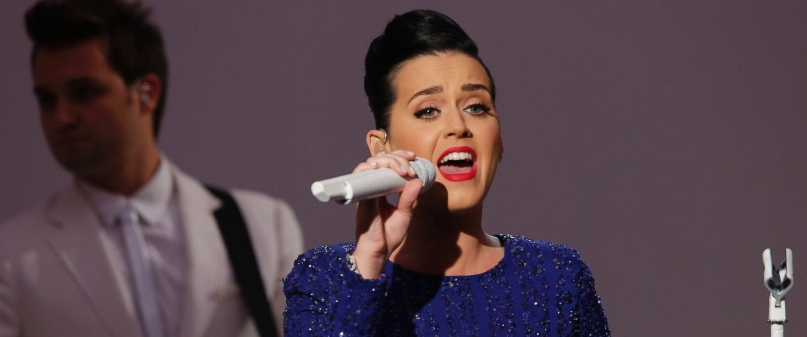 PHOTO: Singer Katy Perry performs at an event for the Special Olympics hosted by President Barack Obama in the State Dining Room at the White House in Washington, July 31, 2014.