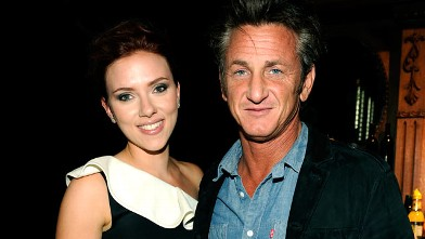PHOTO: Scarlett Johansson and Sean Penn are seen backstage at Spike TV's Guys Choice Awards 2011 at Sony Pictures Studios, June 4, 2011 in Culver City, Calif.